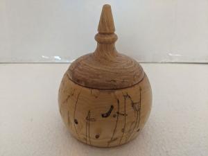 Lidded Box 4 (Spalted Maple) by Bev Redden