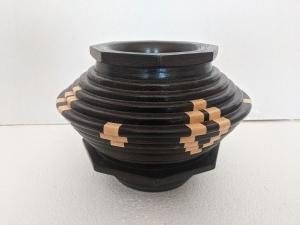 Vessel (Wenge/Maple) by Bev Redden